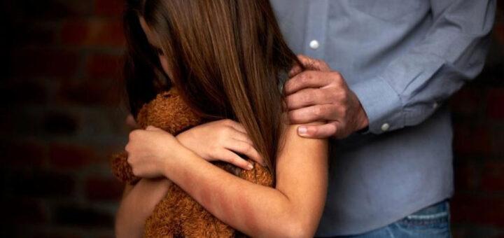 Operário civil detido por abusos sexuais e agressão a criança de 13 anos