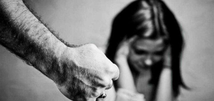 Homem ameaça ex-namorada de divulgação de fotos íntimas nas redes sociais