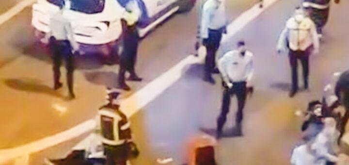 Estafeta de mota morre atropelado em Lisboa ao entregar comida. Vários desacatos no local