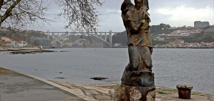 Homem com cerca de 30 anos encontrado morto no Rio Douro
