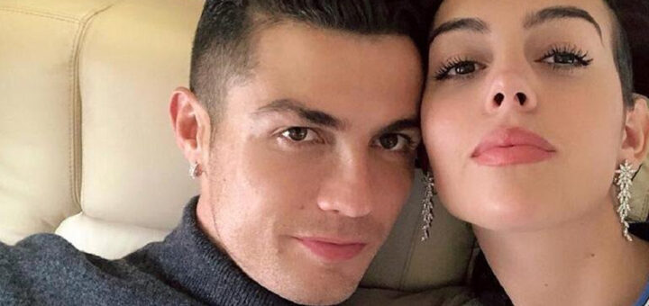 """Namorada de Cristiano Ronaldo """"assume"""" despesas e compra casa à mãe"""