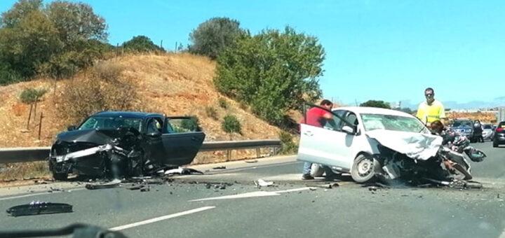 Colisão entre dois veículos em Portimão causa morte de mulher