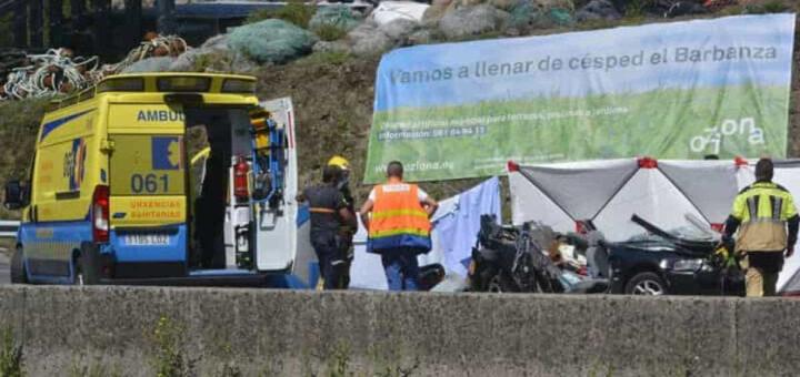Carro de portuguesa de 31 anos avaria na faixa da esquerda da autoestrada e morre em colisão