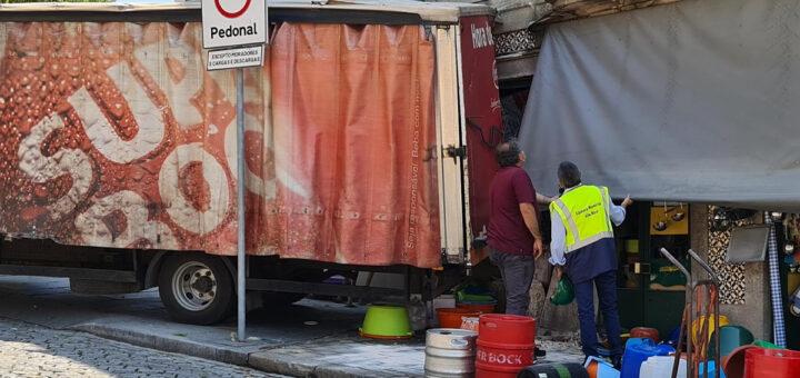 Proprietário de loja morre esmagado por camião da Super Bock em Vila Real