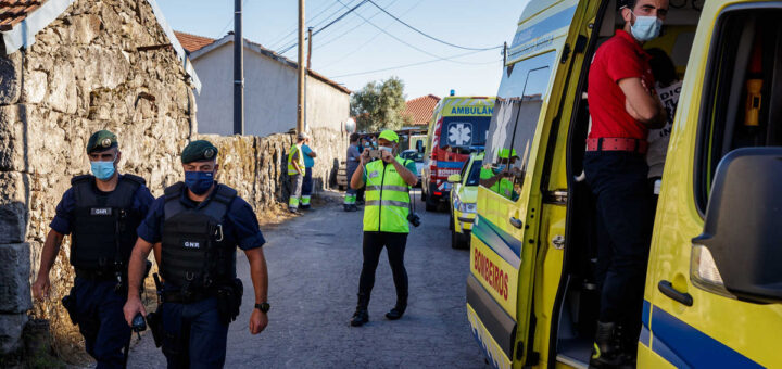 Casal morto a tiro em Braga pelo cunhado. Atirador está barricado