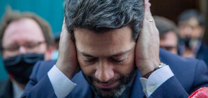"""André Ventura não aguenta mais a """"perseguição"""" e demite-se do Chega"""